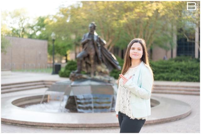 Nacogdoches photographer image of SFA graduate on SFA campus