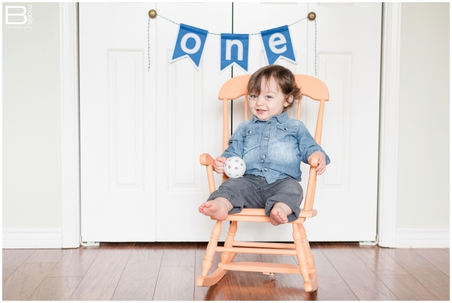 Kingwood child photographer images of in-home portrait session for 1 year old boy